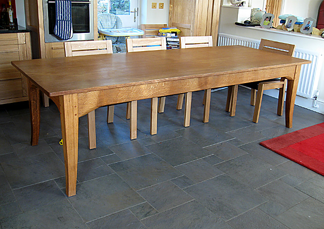 Long modern wooden dining table for Long modern dining table